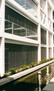 Aluminium Retractable Venetian Blinds